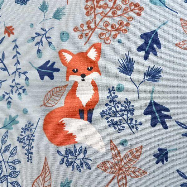 Kurzstück Stoff Baumwolle Meterware wolkenblaublau Fuchs Blätter Füchse Dekostoff 0,24m x 1,40m