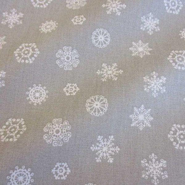 Stoff Baumwolle grau Schneeflocken Eiskristalle Schneeflocken