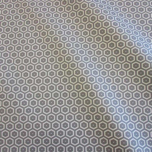Stoff Baumwolle Waben grau ecru Bienenwaben Kikko japanisch 0,5