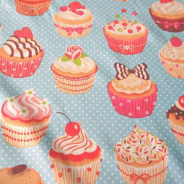 Stoff Baumwolle Muffins Cupcakes himmelblau Punkte Törtchen