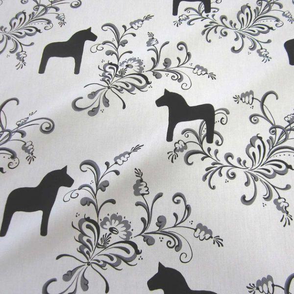 Schwedische stoffe  Stoff Baumwolle weiß schwarz Dala groß Pferde Schweden ...