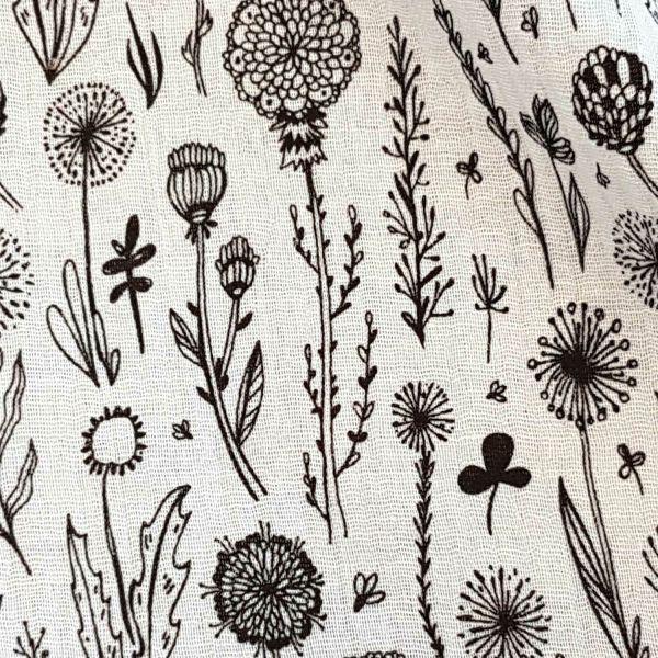Stoff Baumwolle Blumenwiese weiss schwarz Musselin Mulltuch 0,5