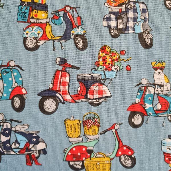 "Stoff Baumwolle Motorroller ""Dolce Vita"" jeansblau bunt 0,5"