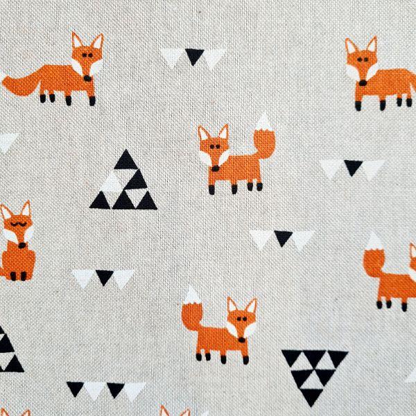 Stoff Baumwollstoff natur Füchse und Dreiecke 0,5
