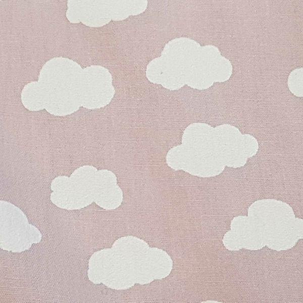 Stoff Meterware Baumwolle hell rosa Wolken Popeline 0,5
