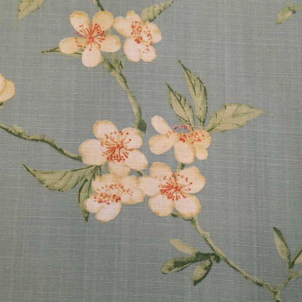 "Stoff Baumwolle ""Saporro"" Kirschblüten gross wolkenblau Leinenoptik 0,5"