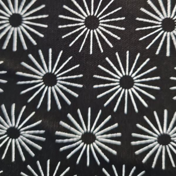 Stoff Baumwollstoff schwarz Blumen Schneeflocken weiss 0,5