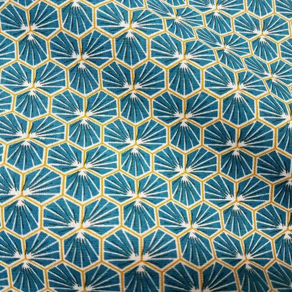 Kurzstück Stoff Baumwolle petrol canard Blüten Waben sechseck grafisch Riad 0,65m x 1,60m