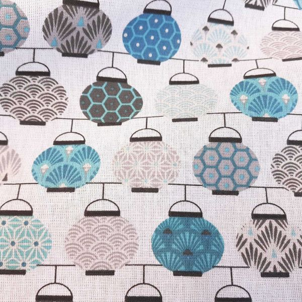 Kurzstück Stoff Baumwolle Japan Lampions hellblau grau Chochin Meterware Seigaiha Asanoha 0,90m x 1,