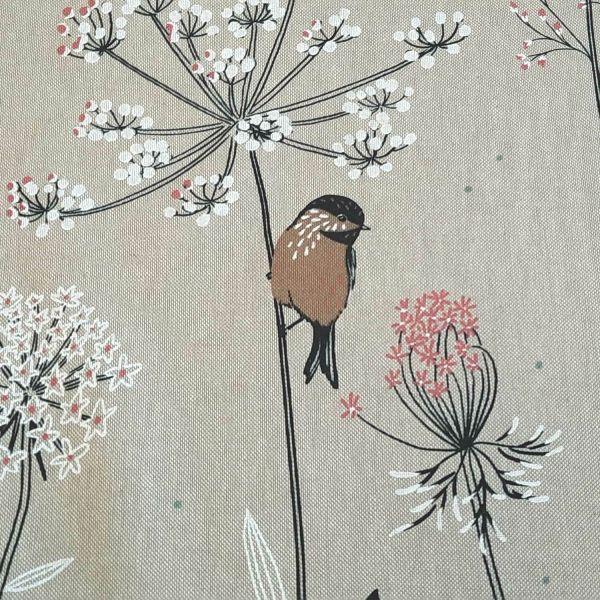 Stoff Meterware Baumwolle pflegeleicht natur Vogel Blumen Wiese 0,5
