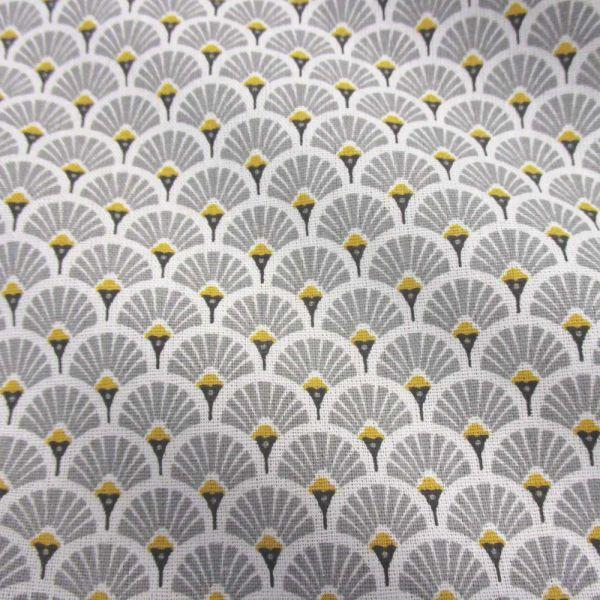 Stoff Baumwolle japanische Fächer halbrund hellgrau