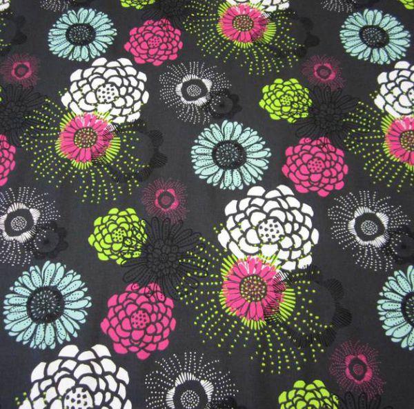 Stoff Baumwolle Ornament Mandala schwarz mint pink grün weiß Feuerwerk