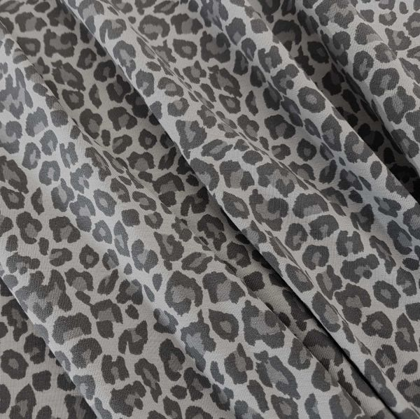 stoff jersey baumwolle leo animalprint leopard grau. Black Bedroom Furniture Sets. Home Design Ideas