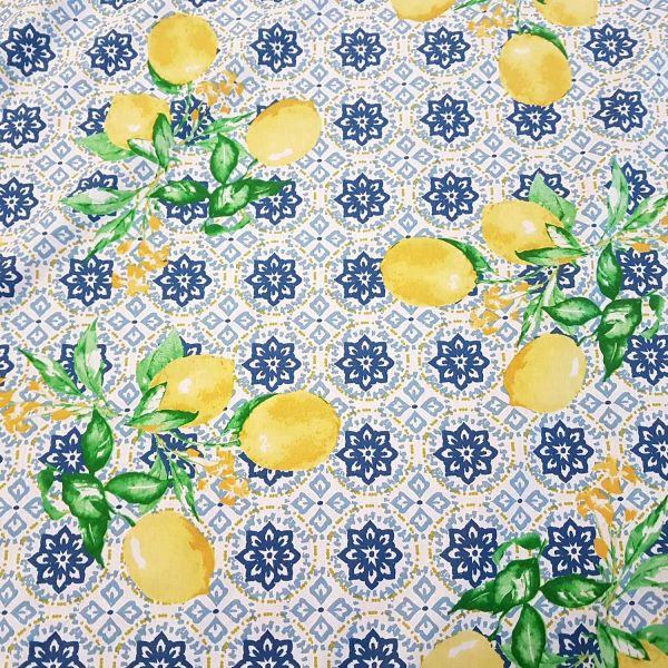 Stoff Baumwolle beschichtet Kacheln blau Zitronen Sommer Gorbio 0,5