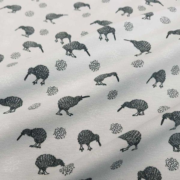 Stoff Jersey Baumwolle hellgrau Vögel Kiwi Neuseeland