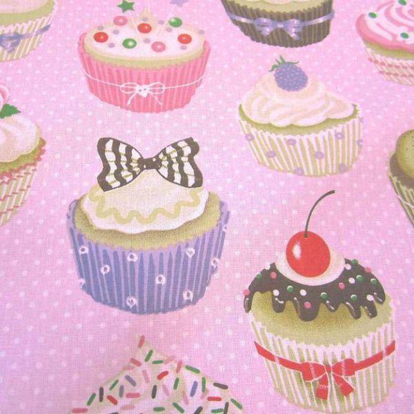 Stoff Baumwolle Muffins Cupcakes rosa Punkte Törtchen